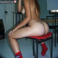 plump-derriere-teen-girl