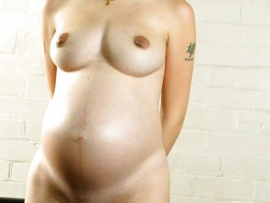 pregnant-woman-with-nice-big-pussy