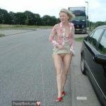 Raising Skirt Pussy for Cars
