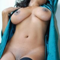 sensual-erotic-nude-afro-woman