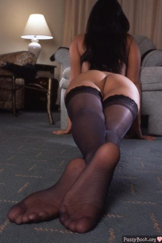 sexy-long-legs-ass-in-stockings