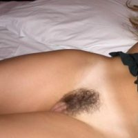 shaved-pussy-lips-hairy-crotch
