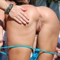 slapping-bare-ass-in-public