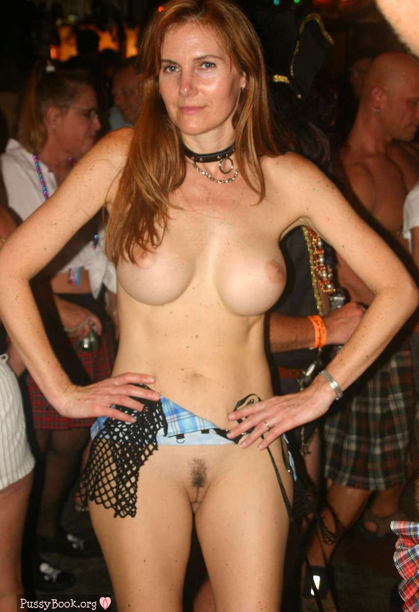 Fest at mature wife fantasy