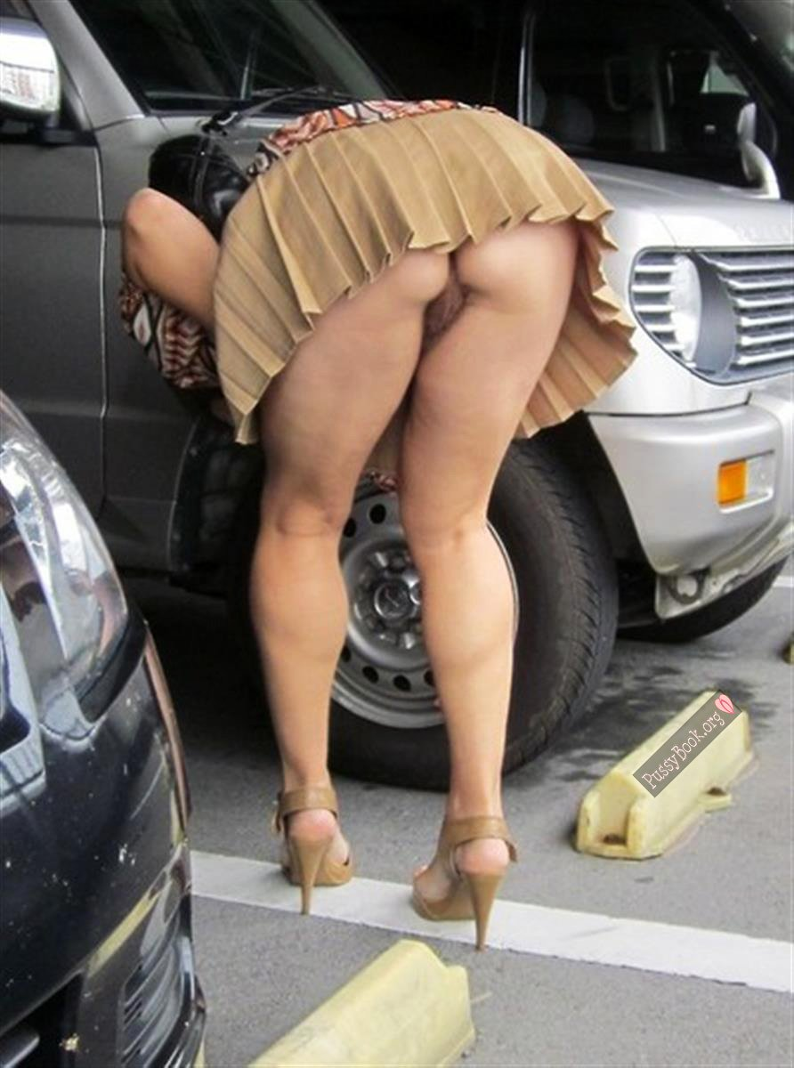 On Upskirt Bent Over Porn Hairy upskirt at the parking lot nude girls pictures