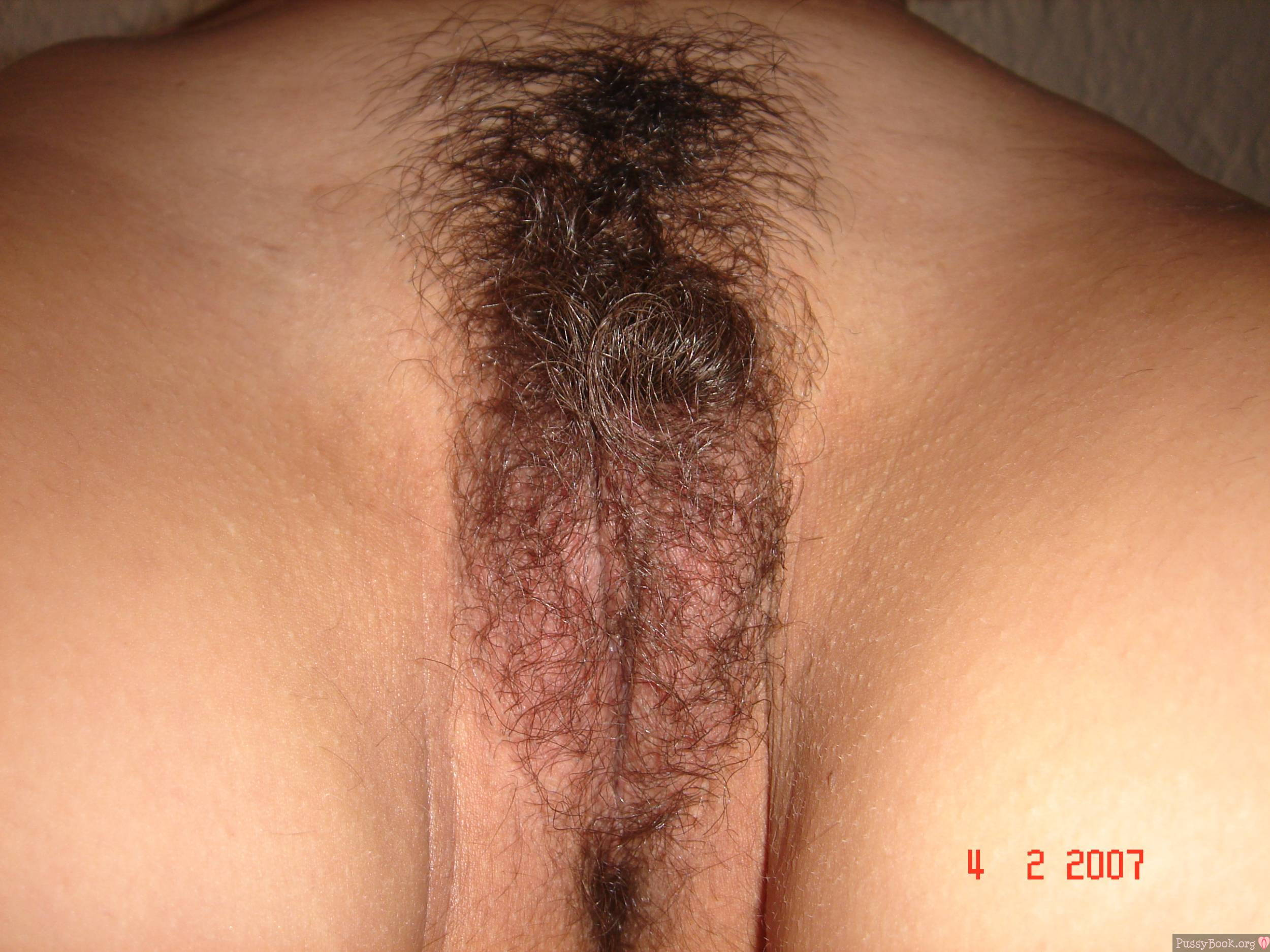 pics of naked girl with pubic hair