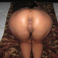 wet pussy & ass up