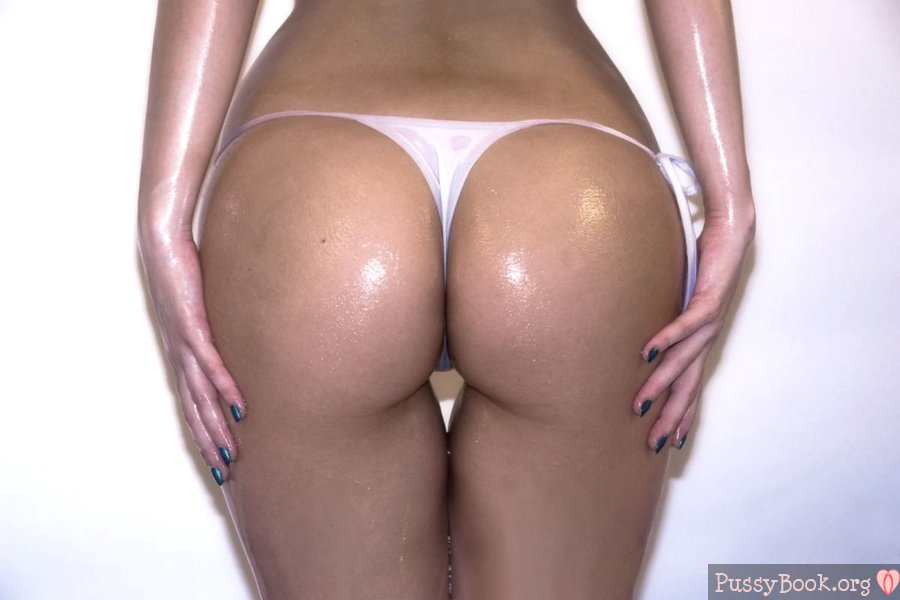 Hot round ass in pink thong 9