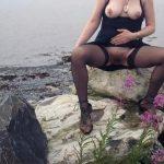 woman flashing pussy at seaside